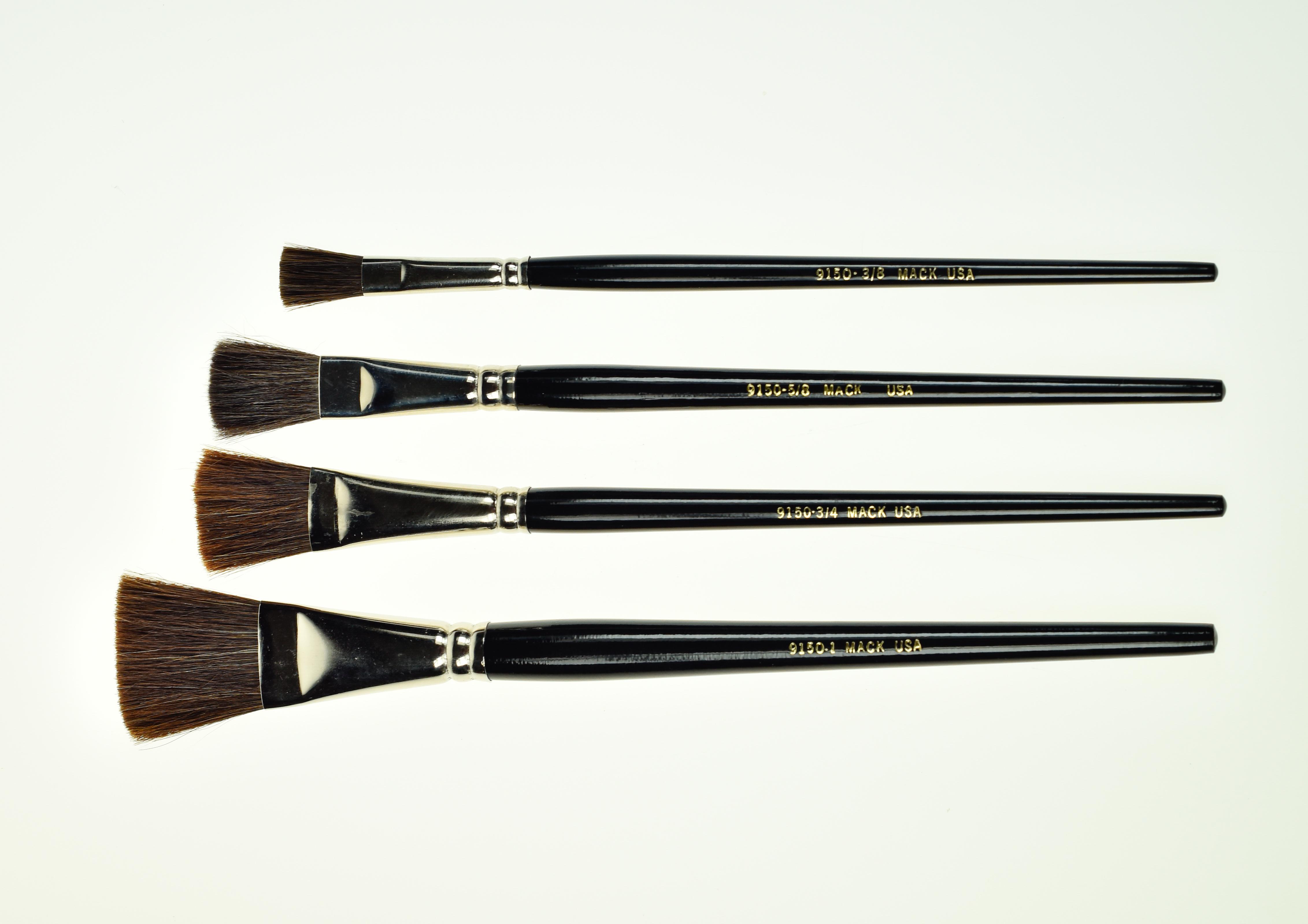 """""""MACK"""" Series 9150 Camel Hair Flat Brush"""