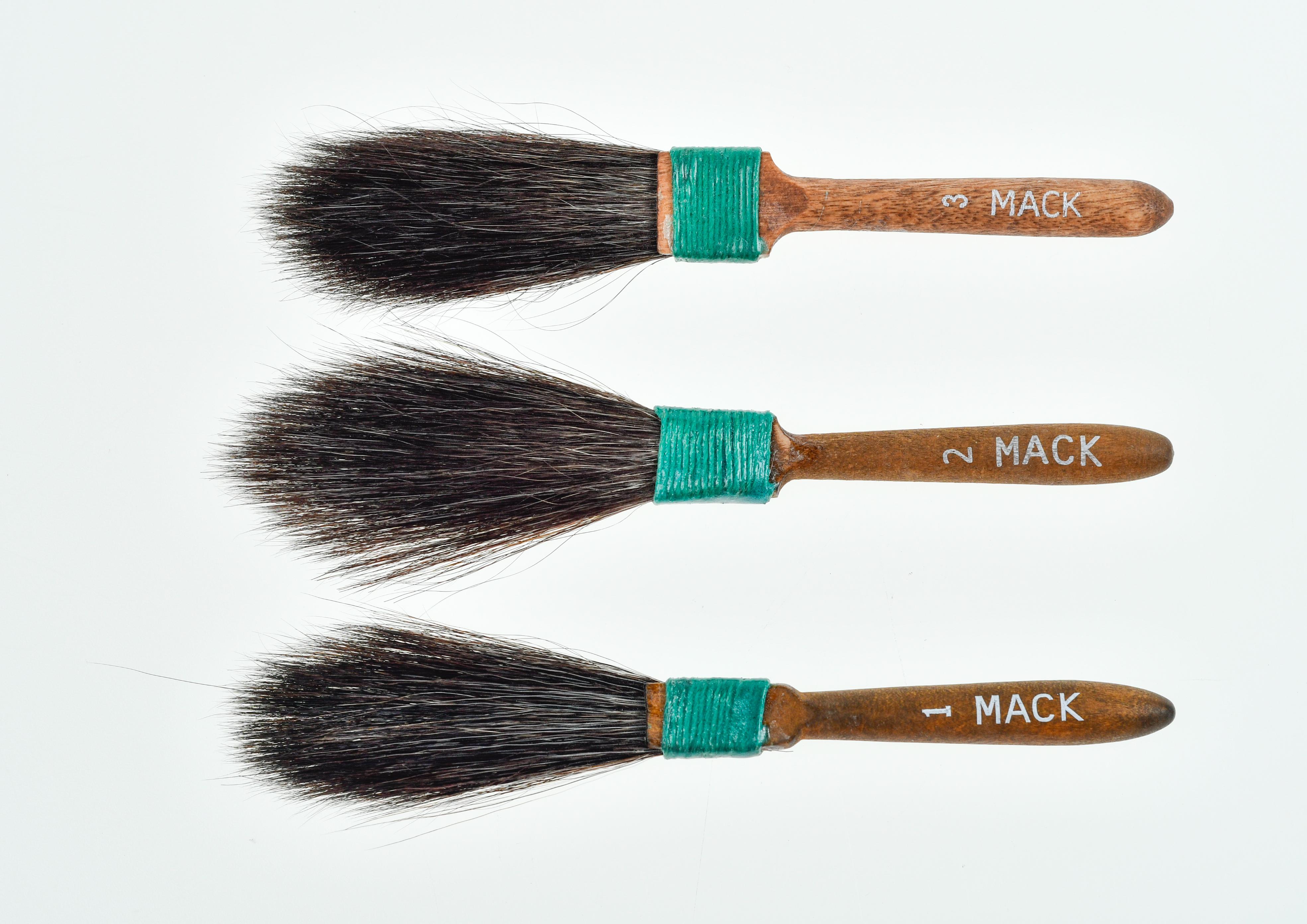 """""""MACK"""" Series 30 Squirrel Hair Dagger Sriper"""