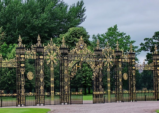 Eaton Hall Gates